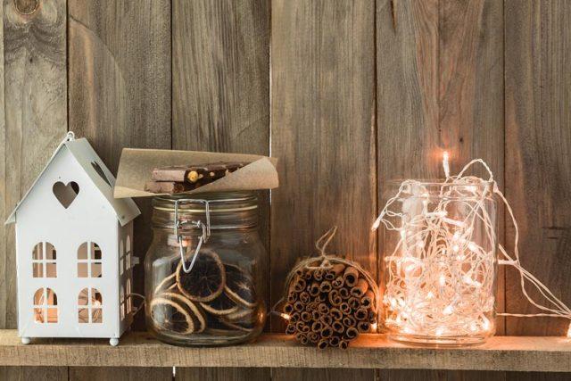 Barnwood Holiday Decorations